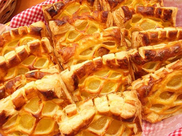 りんごのアップルパイ